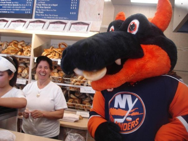 Sparky the Dragon, New York Islanders visit to the Bagel Store